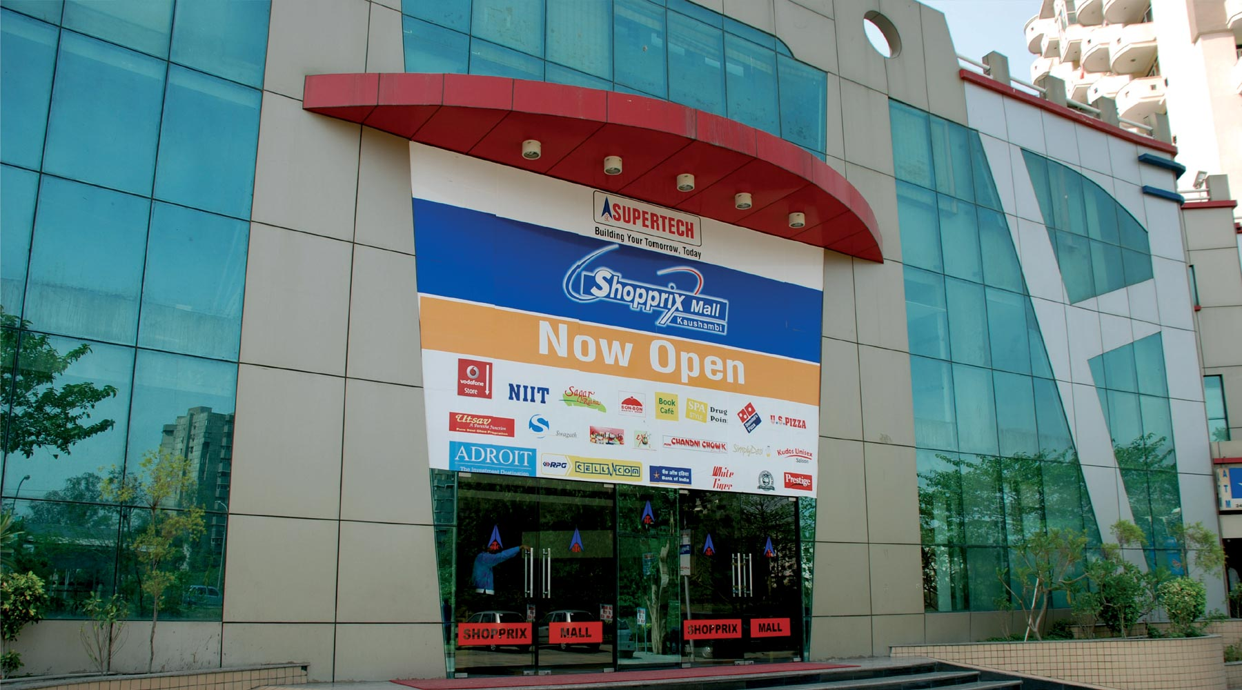 Mahagun Metro Shopping Mall, Vaishali, Ghaziabad